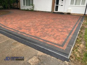 Brindle and Charcoal Block Paved Driveway in Tunbridge Wells